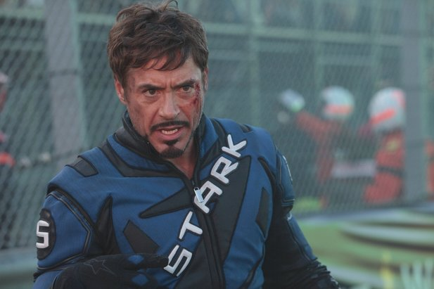 Robert Downey Jr. spielt den Iron Man.