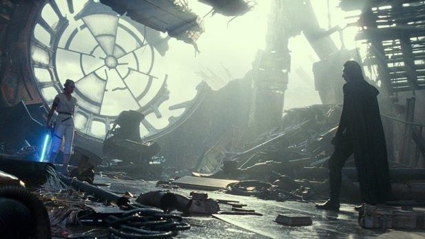 Rey und Kylo Ren treten in Star Wars 9 gleich mehrfach gegeneinander an, manchmal sogar nur in einem Fantasie-Kampf.